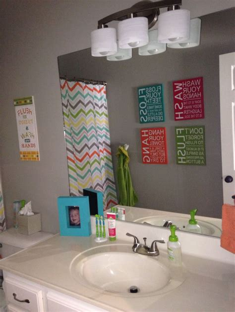 unisex kids bathroom ideas 1000 images about b and c bathroom on pinterest