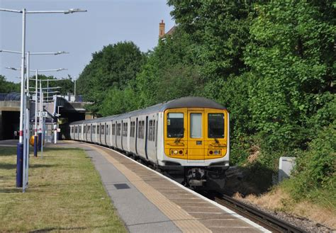 thameslink trains today trains today exploring the wimbledon loop