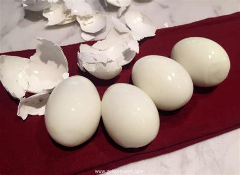 how to make easy peel boiled eggs