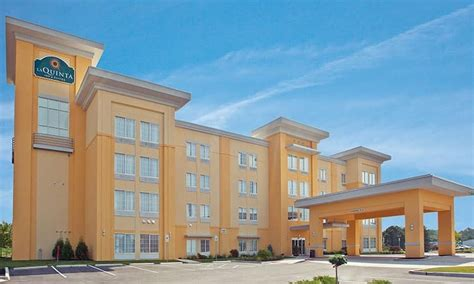 comfort suites columbus indiana columbus area lodging including bed breakfasts and cing