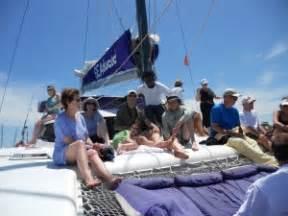 seaduced catamaran belize ambergris caye catamaran day trip