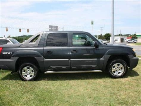 how cars engines work 2005 chevrolet avalanche 1500 auto manual purchase used 2005 chevrolet avalanche 1500 z71 in 1400 e dixie dr asheboro north carolina