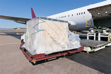 air freight packaging pointers from securing drums to pallets