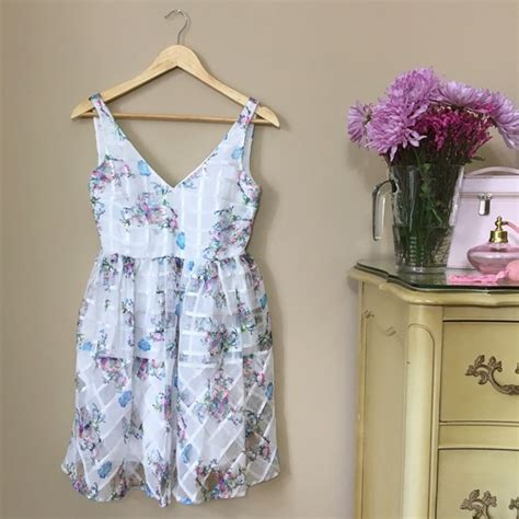 Anthropologie Gardens by 76 Anthropologie Dresses Skirts Host
