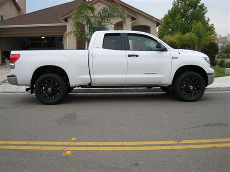 Toyota Tundra Black Rims Toyota Tundra Wheels And Tires 18 19 20 22 24 Inch