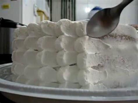 como decorar bolo efeito cesta trabalho em chantilly o quot bico perle quot youtube