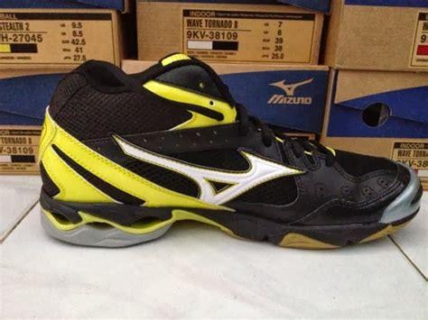 Sepatu Badminton Asics mizuno wave bolt 2 mid