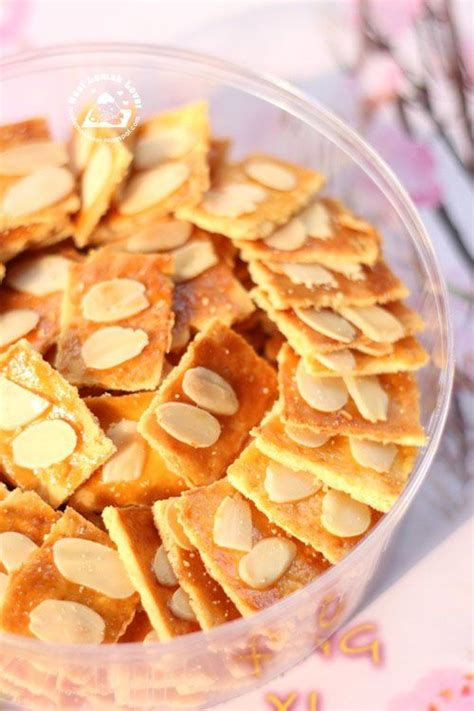 Kue Cookies Almond Crispy 73 best images about biscuit hari raya on