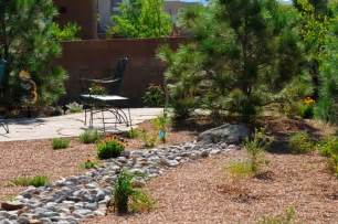 Backyard Desert Landscaping Ideas Small Backyard Desert Landscaping Ideas Eanavevai Home Interior Design