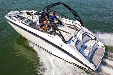 jet boat uhmw yamaha 242 limited s jet boat boatadvice