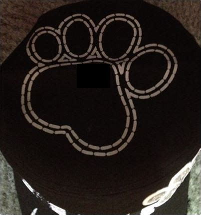 hat for dog lovers wirh paws | cute hat with dog paw print