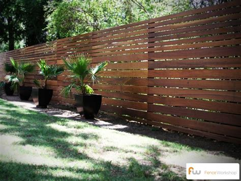 Horizontal Wood Fence Design Horizontal Board Fence Designs Woodworking Projects Plans