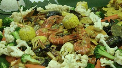 Jamu Raket Malam comot2 hantar hidang makanan laut ke rumah jamu selera mstar