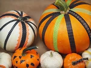 10 gorgeous ways to decorate pumpkins without carving them