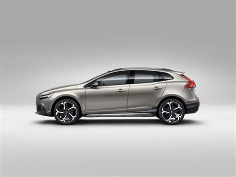 volvo new v40 volvo v40 cross country model year 2017 volvo car