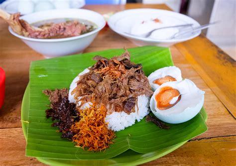 cara membuat nasi kuning samarinda mencicipi kuliner khas samarinda yang membuat lidah