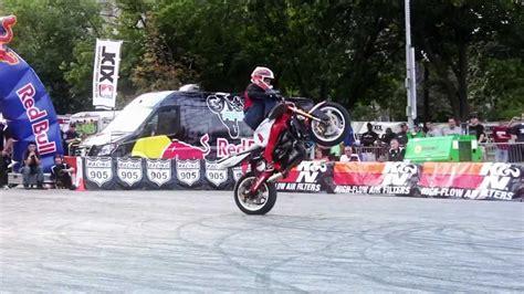 best motorcycle stunts world s best motorcycle stunt rider