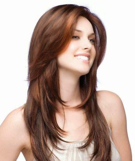 model gaya potongan rambut layer panjang berponi bob