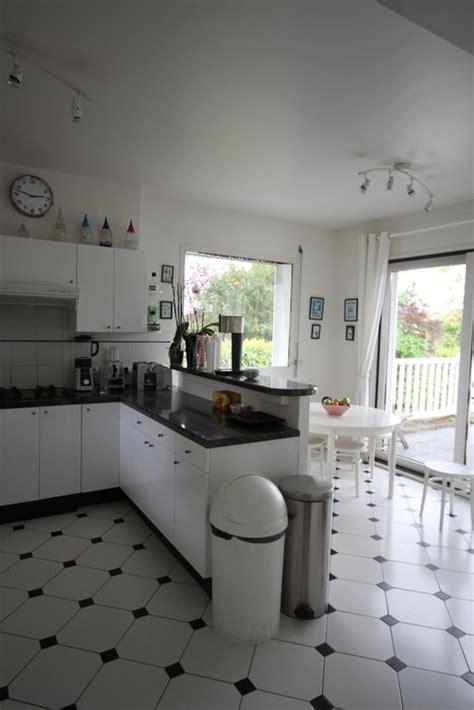 cuisine carrelage noir et blanc