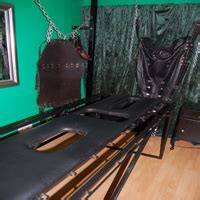 fetters whipping bench the emerald chamber