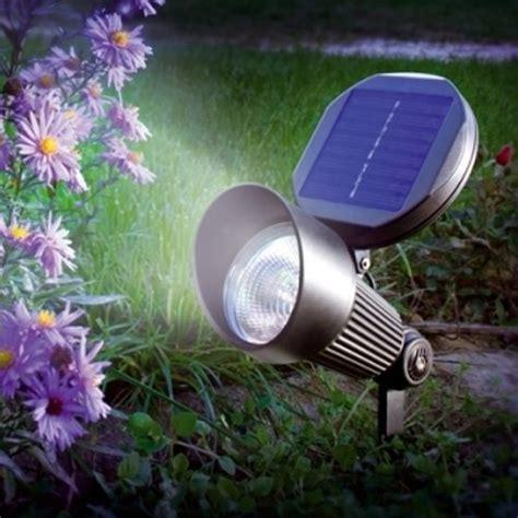 le de jardin solaire projecteur et 233 clairage solaire puissant ext 233 rieur et jardin