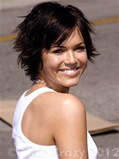 mandy moore short hair cuts at a glance hair fad styles pixie cut yes or no forums haircrazy com