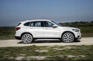 Bmw X1 Xdrive28i 2016 Bmw X1 Look Review Photo Gallery Motor Trend