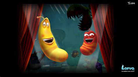 larva performance digital art