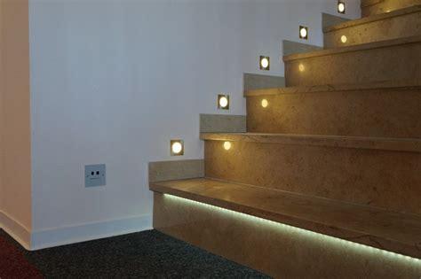 Große Nägel by Design Treppe Beleuchtung
