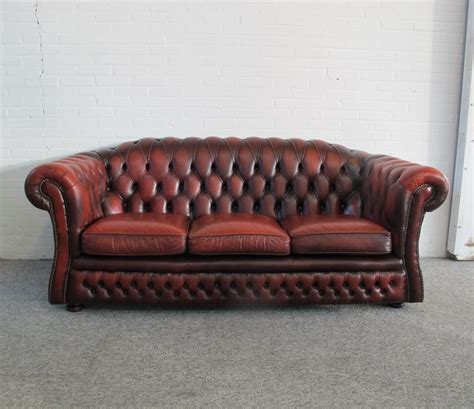 original chesterfield sofa in oxblood leather