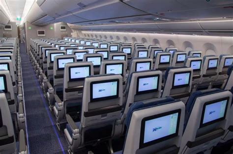 air china  economy class samchuicom