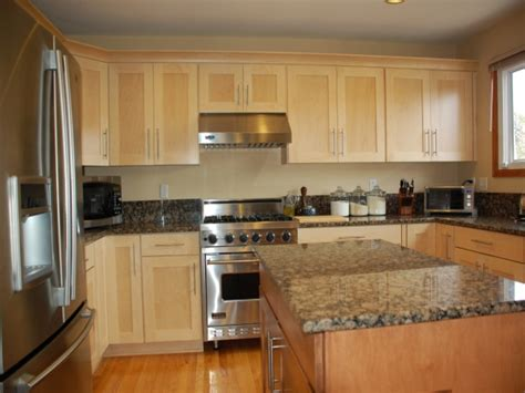 what is the most popular color for kitchen cabinets most popular kitchens with most popular kitchens with oak