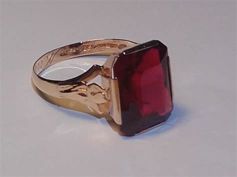 Ruby 6 5ct 14k gold ring year 1953 z6 with a 6 5ct ruby size 17