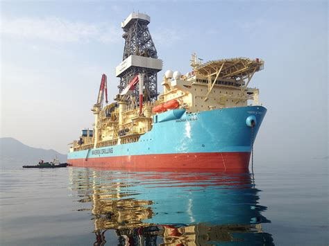 biggest drillships in the world maersk drilling takes delivery first ultra deepwater