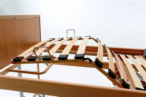 letti elettrici letti elettrici per anziani e disabili scuola ostare