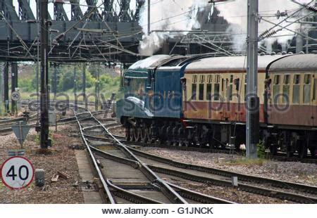 york england .a4 pacific steam locomotives 4468 mallard