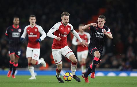 arsenal huddersfield highlights arsenal vs huddersfield town player ratings mesut ozil