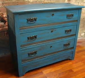 upcycled furniture crafts