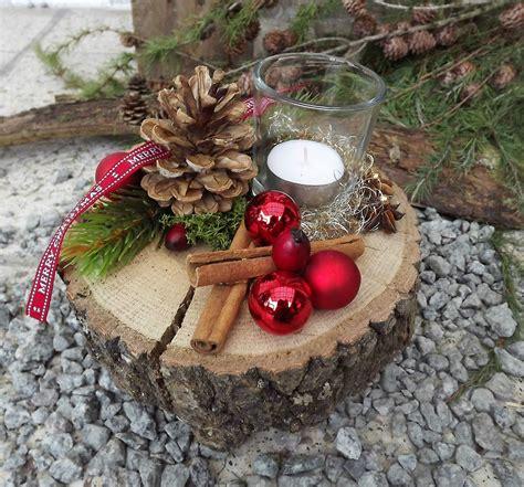 Weihnachtsdeko Fenster Holz by Weihnachten Advent Holz Gesteck Teelicht Auf Holzscheibe