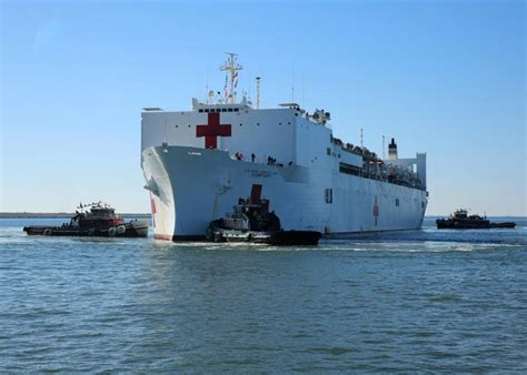 usn comfort usns comfort returns to naval station norfolk from puerto