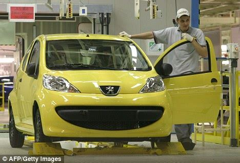 Peugeot 107 Recall Peugeot To Recall 7 000 Cars In Uk Accelerator Pedal