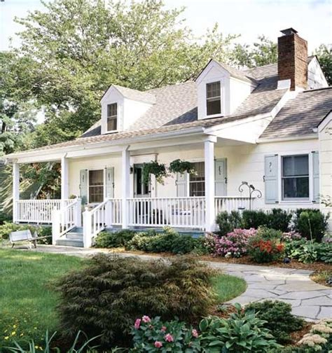 cape cod front porch top 25 ideas about cape cod house with a porch on