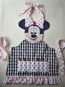 Minnie Mouse Apron Size 4 6 Yo minnie mouse crayon craft apron available in sizes 3 4 5 6 7 8 kiddiekove etsy 34 00