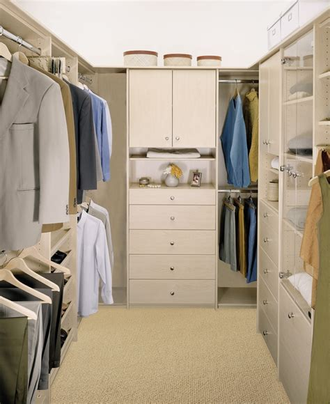 Signature Closet by 17 Best Images About Signature Series Deluxe Closets On