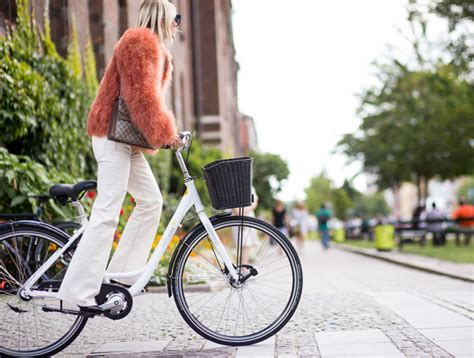 shoe diaries on a bike aagaards bike style diary from copenhagen fashion