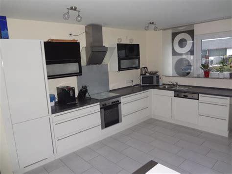Küche Komplett L Form by Wohnzimmer In Rosa
