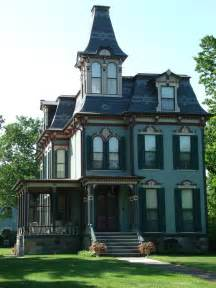 victorian style houses photos