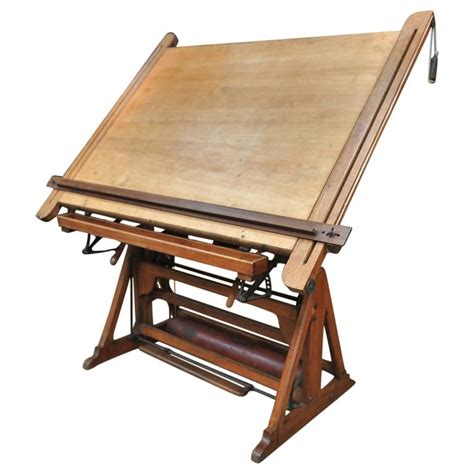 Drafting Table For Architects Adjustable Architect S Drafting Table 1900s At 1stdibs