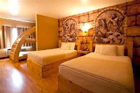 mt olympus rooms hotel rome bunk picture of mt olympus resort wisconsin dells tripadvisor