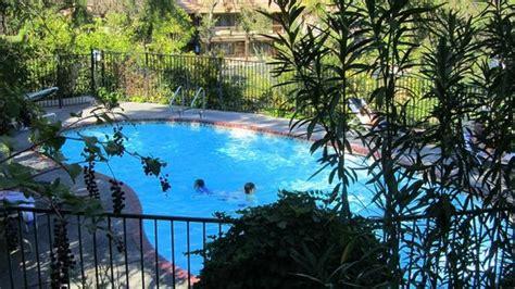 best western yosemite gateway inn pool picture of best western plus yosemite gateway inn